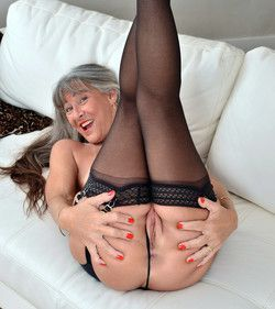 52 year old lady in stockings