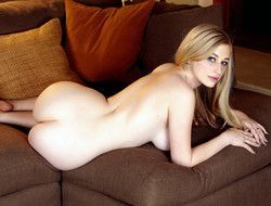Blonde Bombshell Stacie Jaxxx, The..