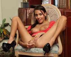 Literary goddess Janice Griffith