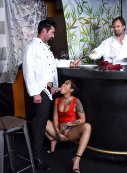 Sucks cock of waiter in restaurant