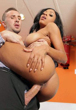 Busty ebony model Anya Ivy gets her..