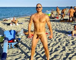 Naked guys photos from nudist beach