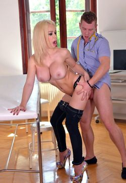 Slutty blonde Chessie Kay getting cum..