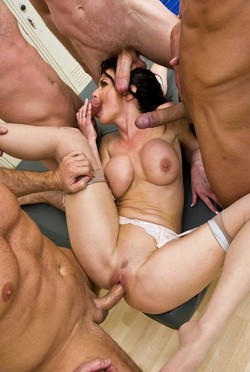 Veronica Avluv anal banged and cum..