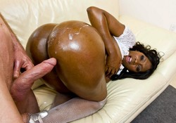 Nyomi Banxxx tantalizing her friend..