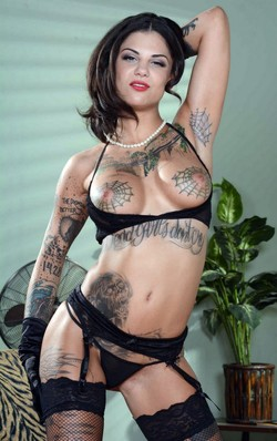 Extremely sexy tattooed babe Bonnie..