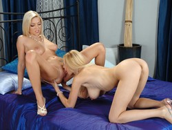 Lesbian couple Aiwe and Anastasia Devine