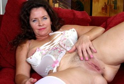 Wild MILF from Auntjudys shows her..