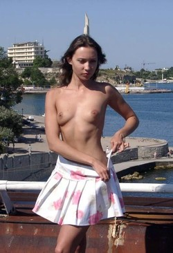 nude-in-russia.com present young girl..