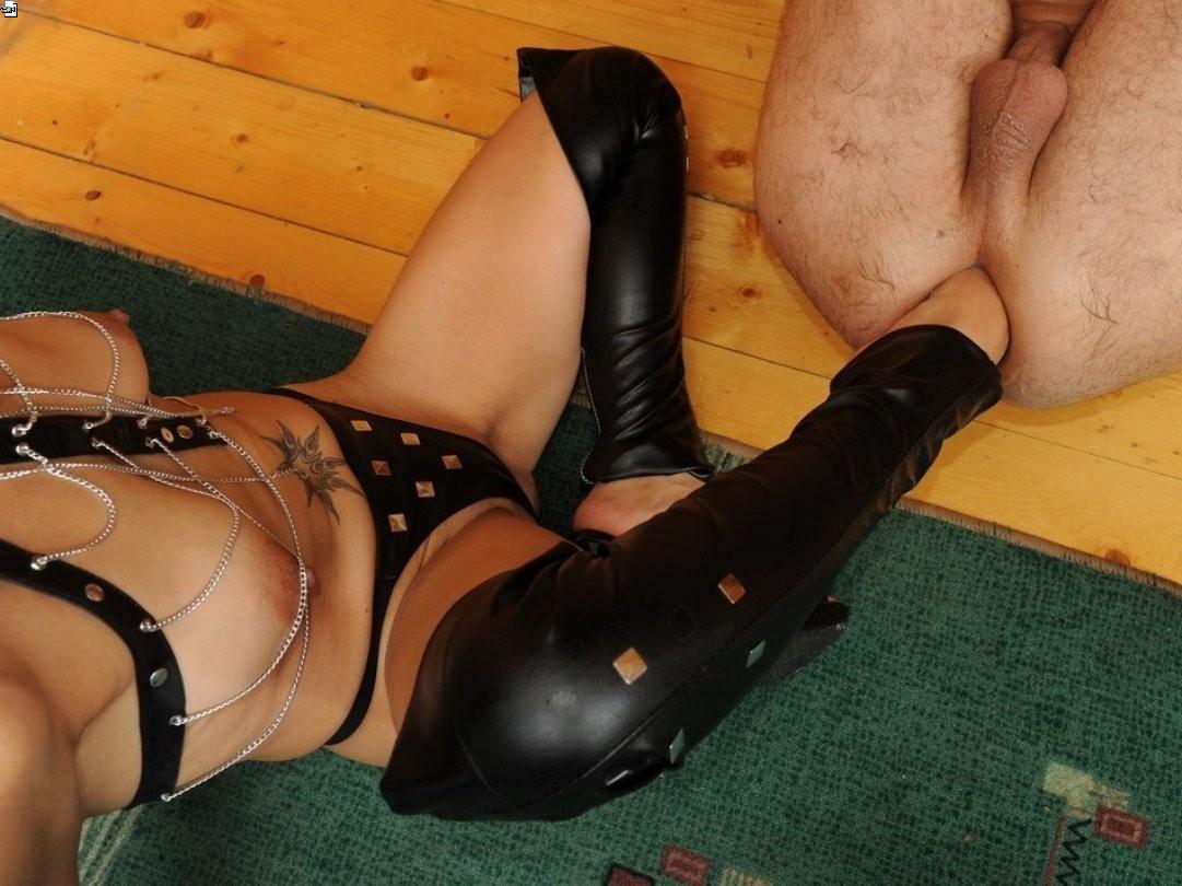 Legs rubber sex galleries